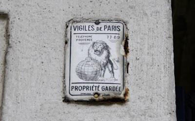 Vigiles de Paris, propriété gardée, téléphone Provence 77.89